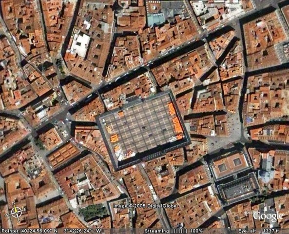 Madrid-plaza-mayor-aerial-aerial-views-of-madrid-surroundings